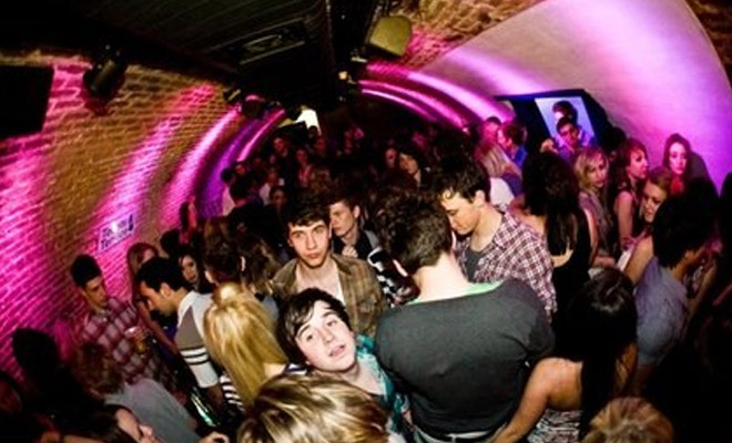 The Very Best Brighton Hookup Bars and Clubs | Hookupads
